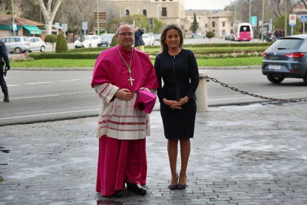 4_posesion_arzobispo