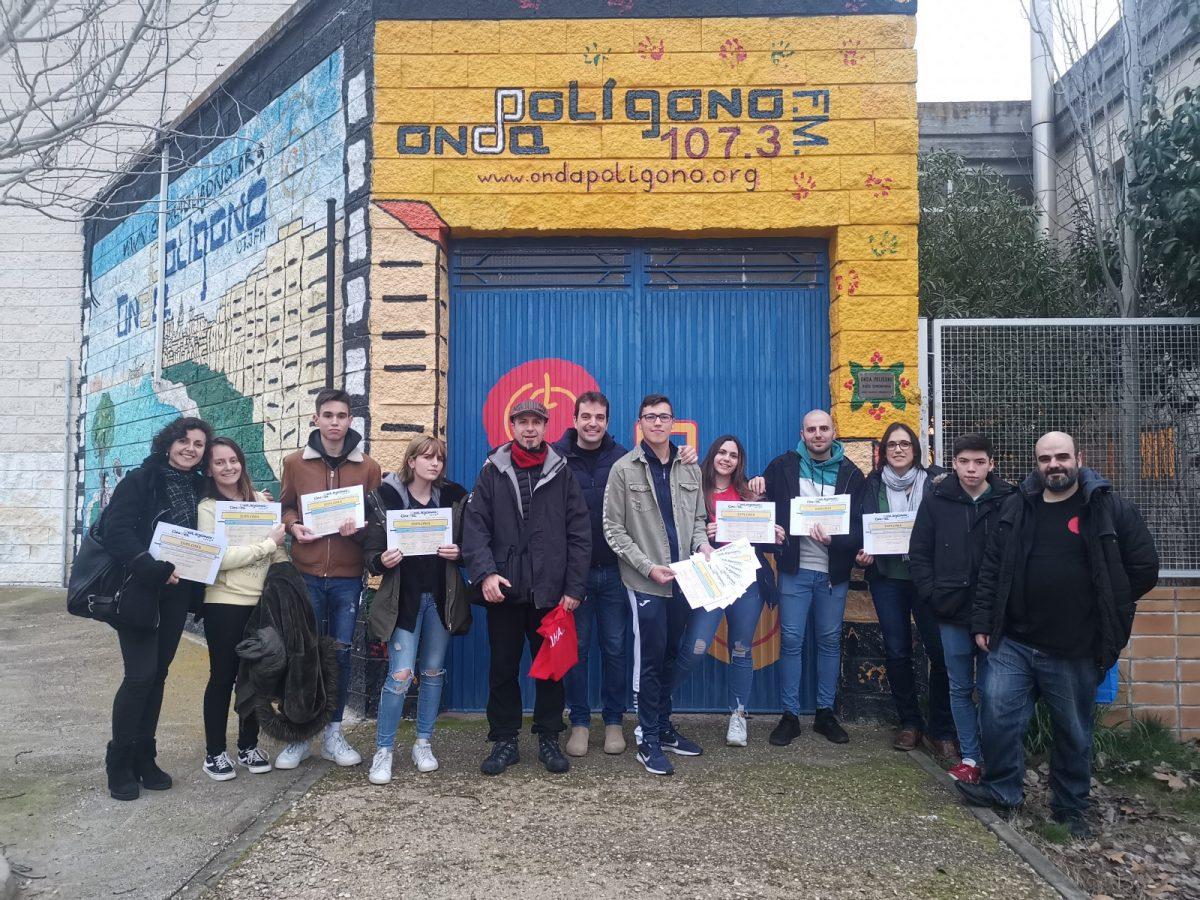 https://www.toledo.es/wp-content/uploads/2020/02/img_20200211_184623-1-1200x900.jpg. El Consistorio entrega los diplomas de la 12ª edición del Taller de Radio de Onda Polígono en el que participaron 25 jóvenes