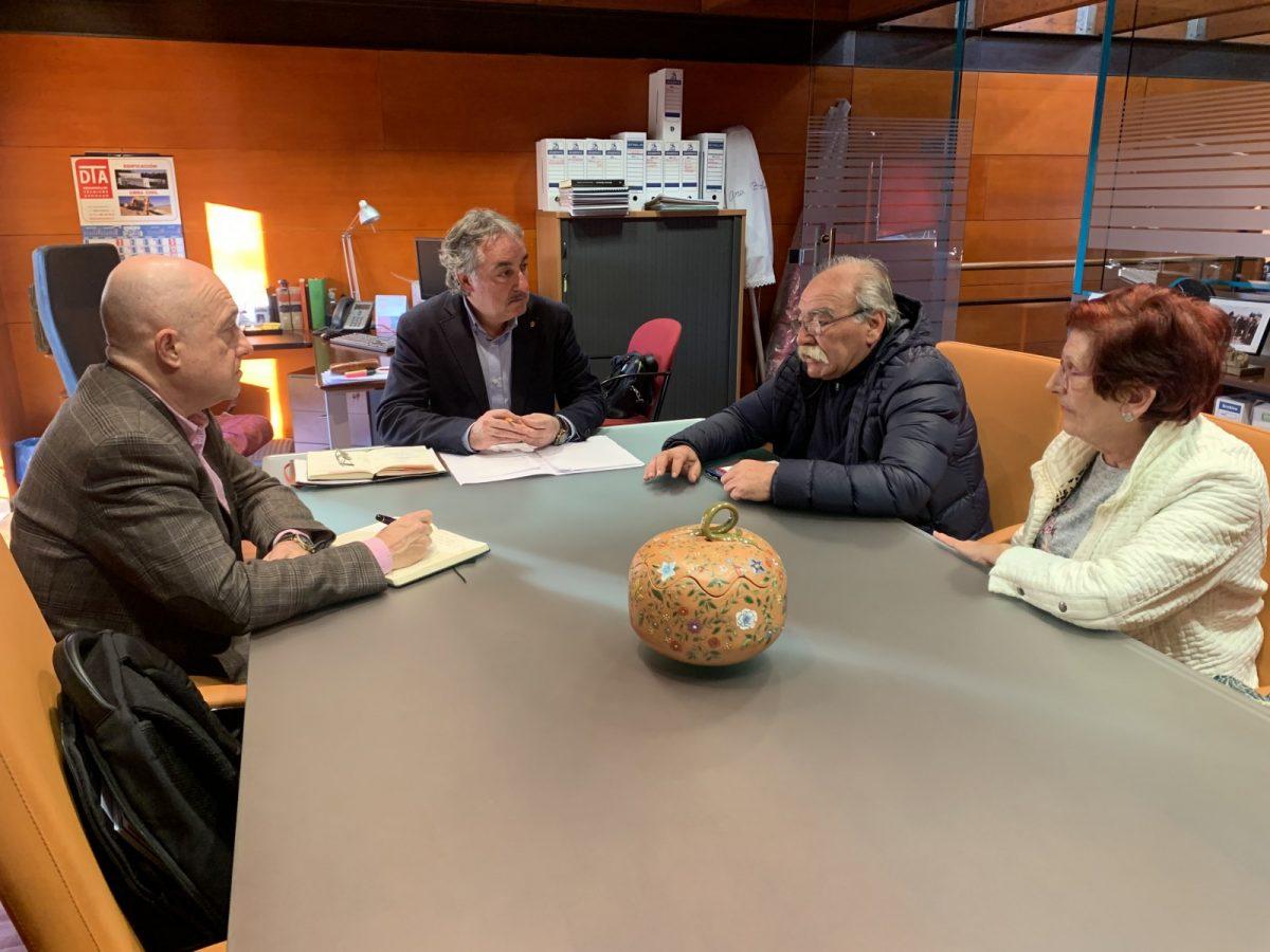 https://www.toledo.es/wp-content/uploads/2020/02/img_4417-1200x900.jpg. El Ayuntamiento inicia una ronda de contactos con las asociaciones vecinales de cara al próximo Plan de Empleo