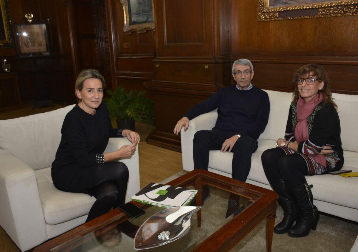 https://www.toledo.es/wp-content/uploads/2020/02/reunion_unicef-01-1200x845.jpg. La alcaldesa recibe al nuevo presidente de UNICEF Castilla-La Mancha, el toledano Joaquín Sánchez Garrido