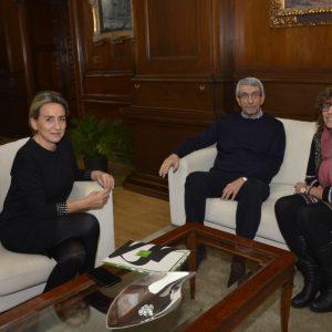 a alcaldesa recibe al nuevo presidente de UNICEF Castilla-La Mancha, el toledano Joaquín Sánchez Garrido