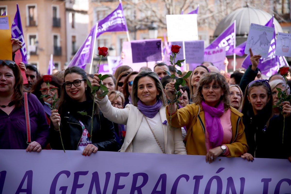 http://www.toledo.es/wp-content/uploads/2020/03/6_manifestacion_mujer-1200x800.jpg. Toledo se moviliza a favor de la igualdad entre mujeres y hombres y dedica su manifiesto del 8M a las víctimas de violencia machista