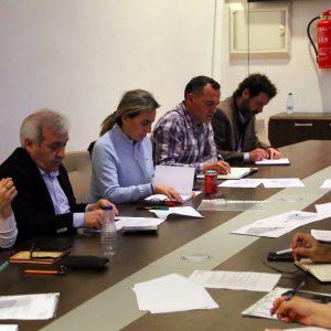 a alcaldesa repasa con la asociación de vecinos Río Chico las necesidades de La Legua, Valparaíso y Vistahermosa