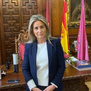 a alcaldesa lanza un mensaje de tranquilidad ante la crisis del Covid-19 y llama a la responsabilidad de todos los vecinos