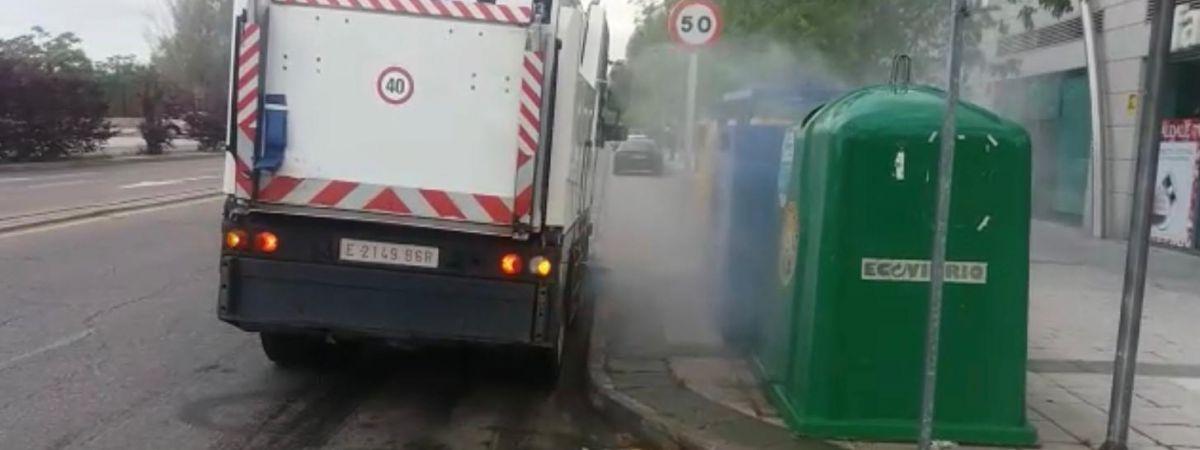 El Consistorio intensifica la limpieza viaria con…