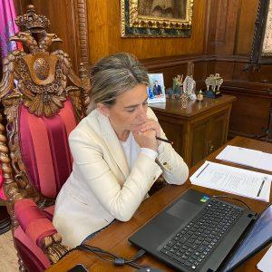 a alcaldesa participa en la Junta de Portavoces de la FEMP que propondrá una batería de medidas económicas para ayuntamientos