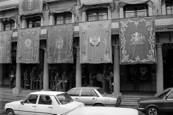 YA-NE- CORPUS 1989 - 041