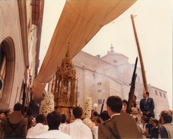 AMT_FM-033 - Fiestas del Corpus de 1985