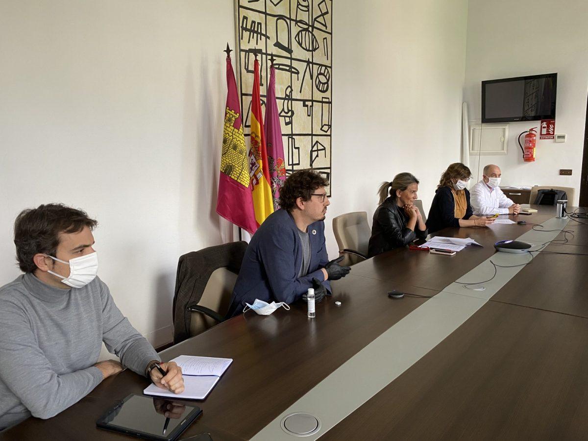 http://www.toledo.es/wp-content/uploads/2020/05/reunion_pacto_inclusion-02-1200x900.jpg. La alcaldesa y las entidades sociales dan los primeros pasos para poner en marcha el Pacto de la Inclusión Social de Toledo