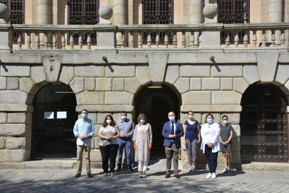 https://www.toledo.es/wp-content/uploads/2020/06/apertura-oficina-turismo-2-1200x800.jpeg. El Ayuntamiento abre la Oficina de Turismo adaptada a las exigencias sanitarias y con la mirada puesta en la reactivación