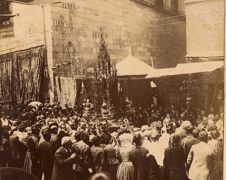 https://www.toledo.es/wp-content/uploads/2020/06/foto-para-la-entrada-de-la-web.jpg. Nuestro Corpus Christi (1982-1997) : mil fotos para el recuerdo