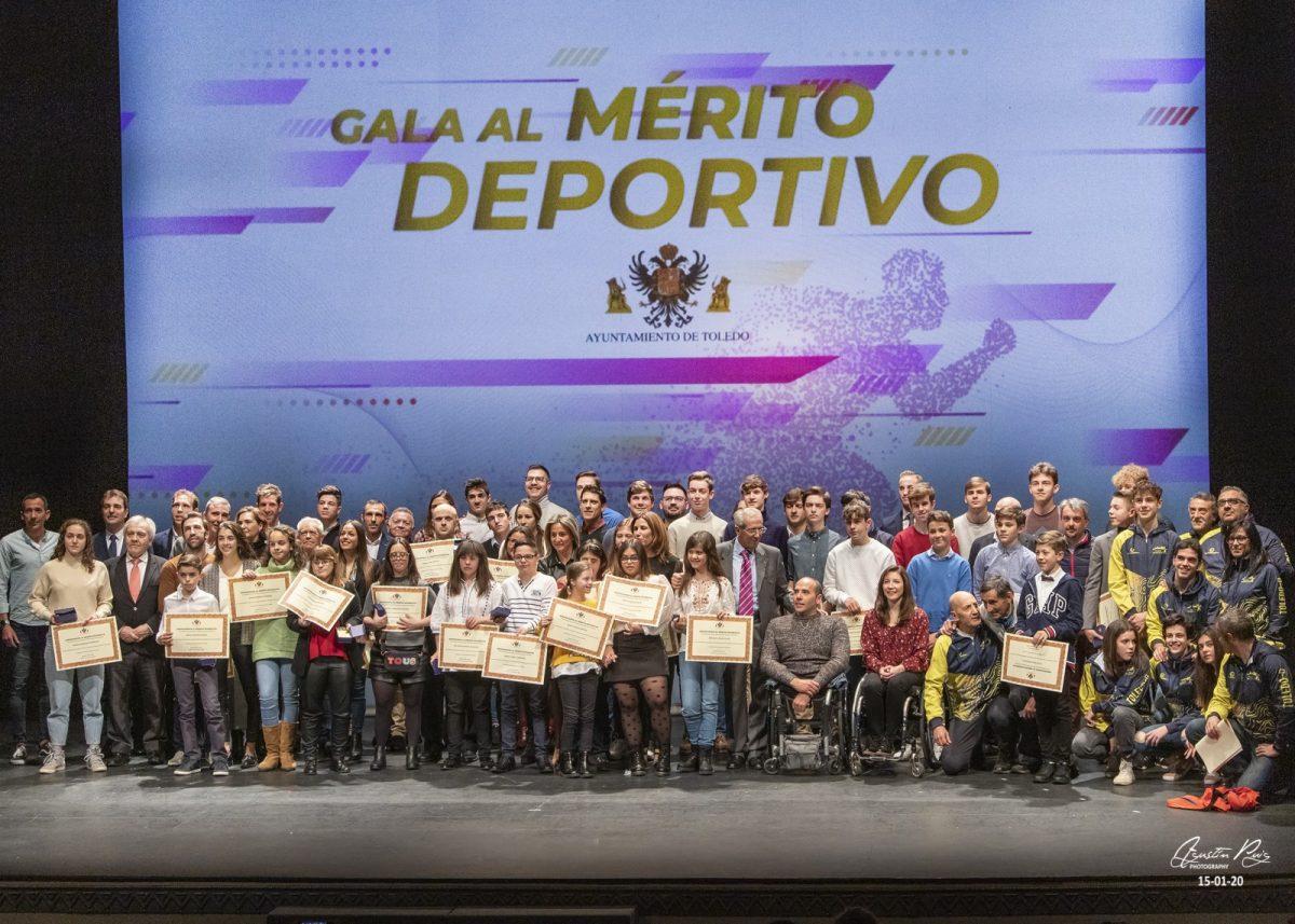 https://www.toledo.es/wp-content/uploads/2020/06/i-gala-al-merito-deportivo-foto-de-grupo-1-1200x857.jpg. Convocatoria de ayudas a deportistas y clubes