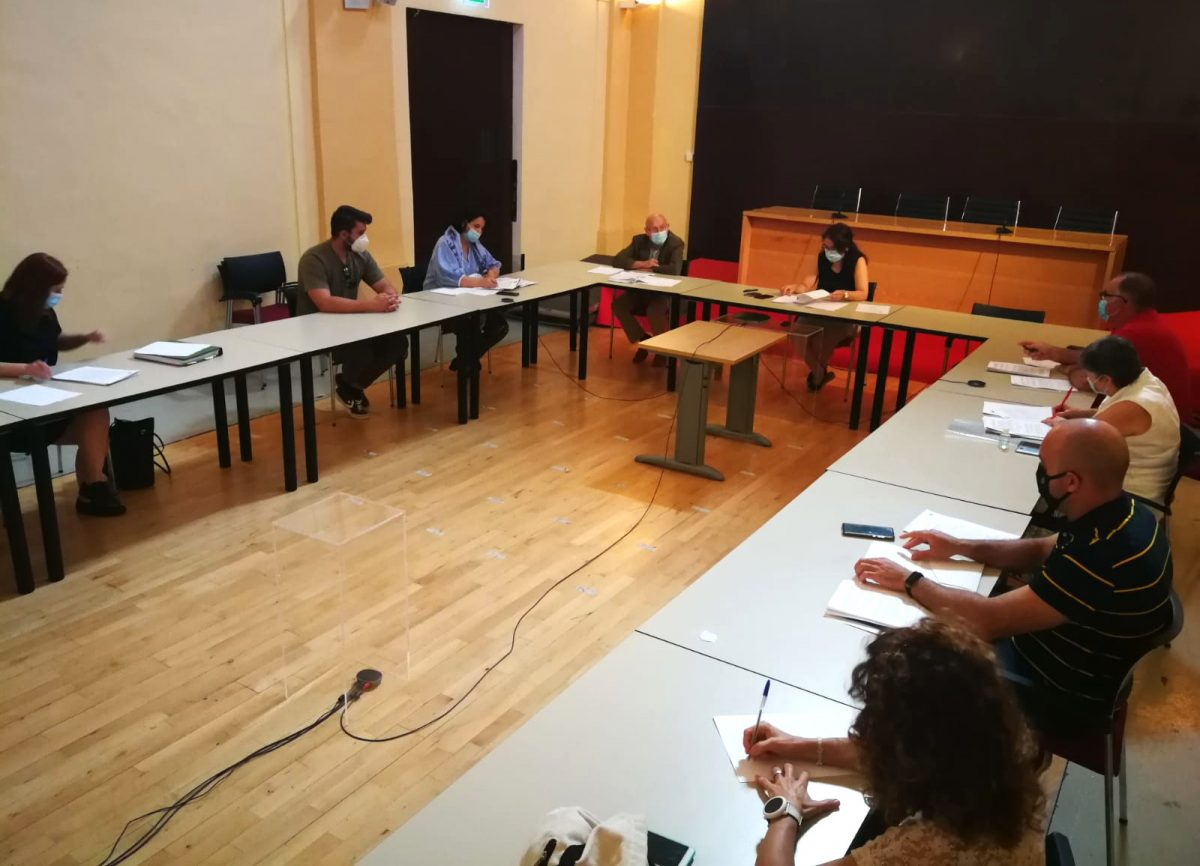 https://www.toledo.es/wp-content/uploads/2020/06/mesa-general-de-negociacion-01-1200x866.jpeg. El Ayuntamiento comunica a los sindicatos las medidas para la incorporación del personal de manera presencial a los centros