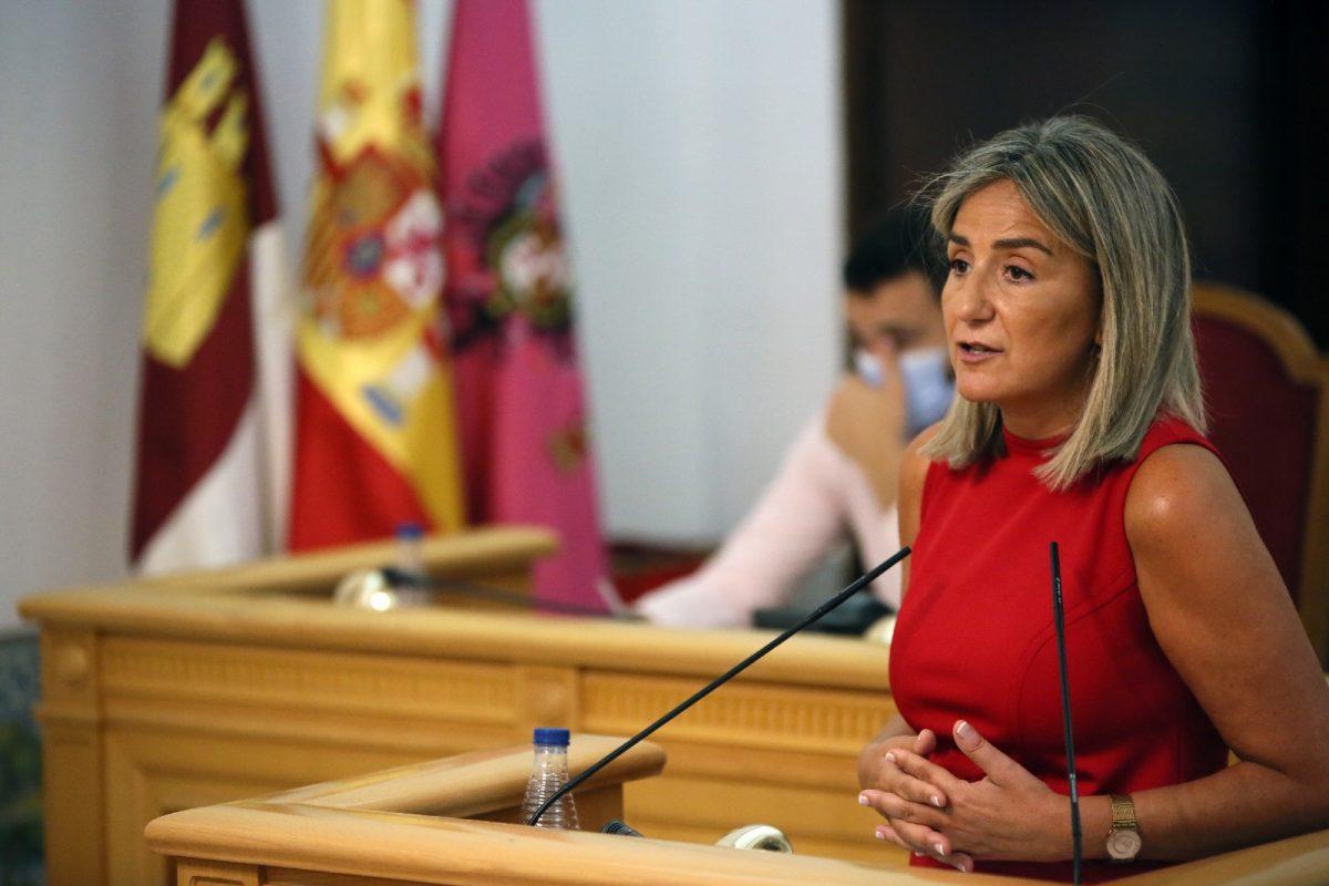 """https://www.toledo.es/wp-content/uploads/2020/07/9_debate_municipio-1200x800.jpg. """"En esta crisis hemos puesto todos los medios para proteger la salud, atender a los más necesitados y recuperar la actividad"""""""