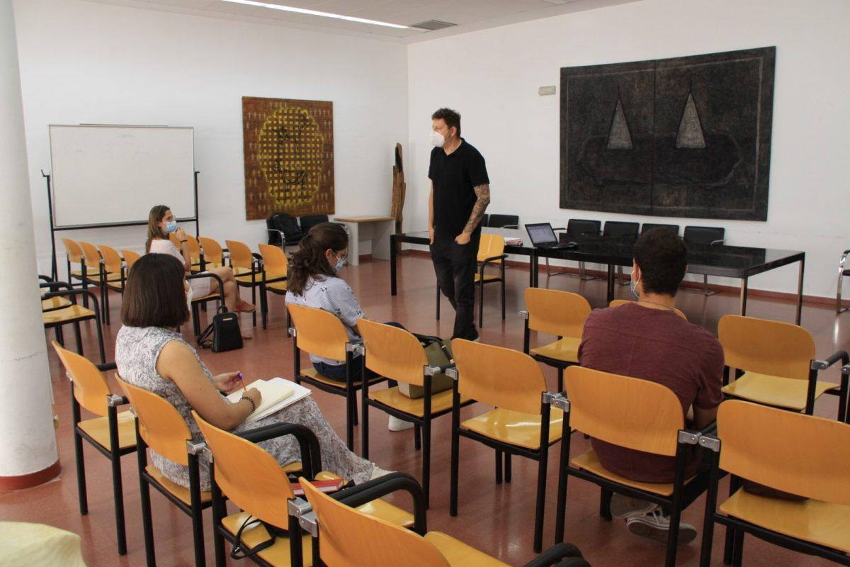 https://www.toledo.es/wp-content/uploads/2020/07/fotos-mesas-colaborativas-1-1200x800.jpg. El Pacto por la Inclusión de Toledo completa su primera fase con la constitución de todas las mesas colaborativas