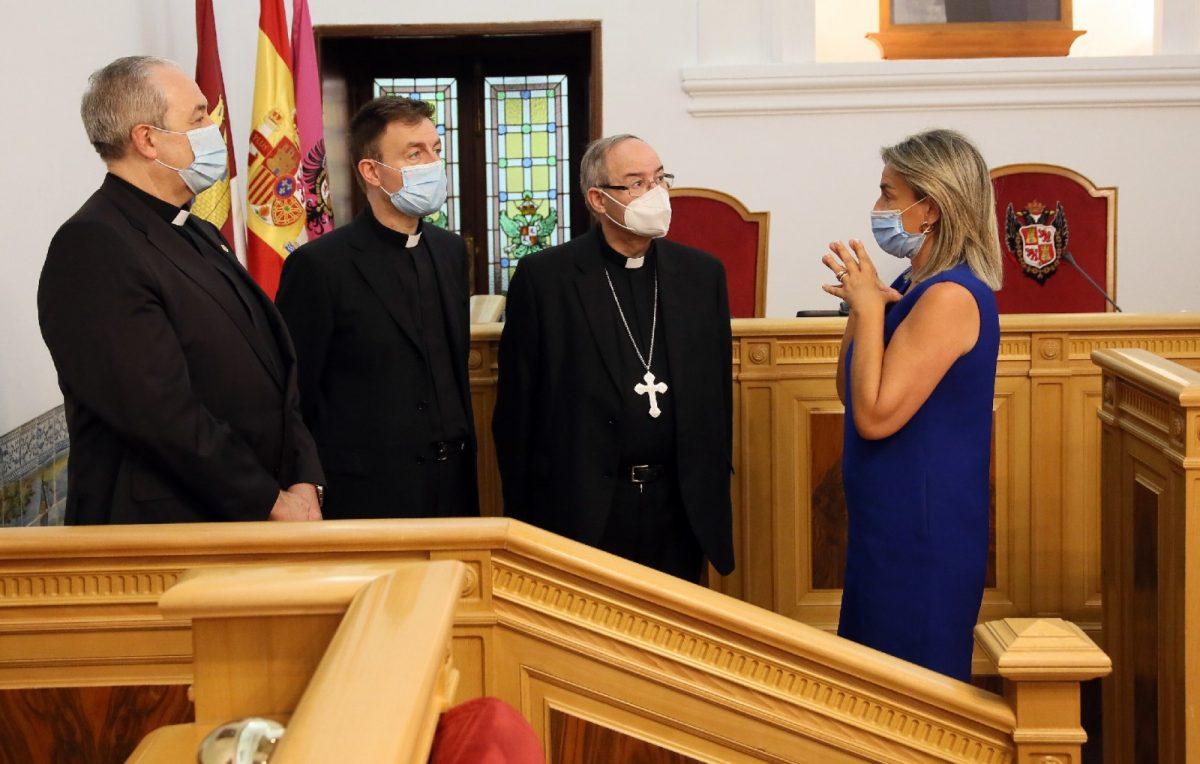 https://www.toledo.es/wp-content/uploads/2020/07/nuncio_1-1200x764.jpg. La alcaldesa felicita a Luis Miguel Muñoz, sacerdote formado en Toledo, y le desea éxitos como nuncio de la Santa Sede en Sudán y Eritrea