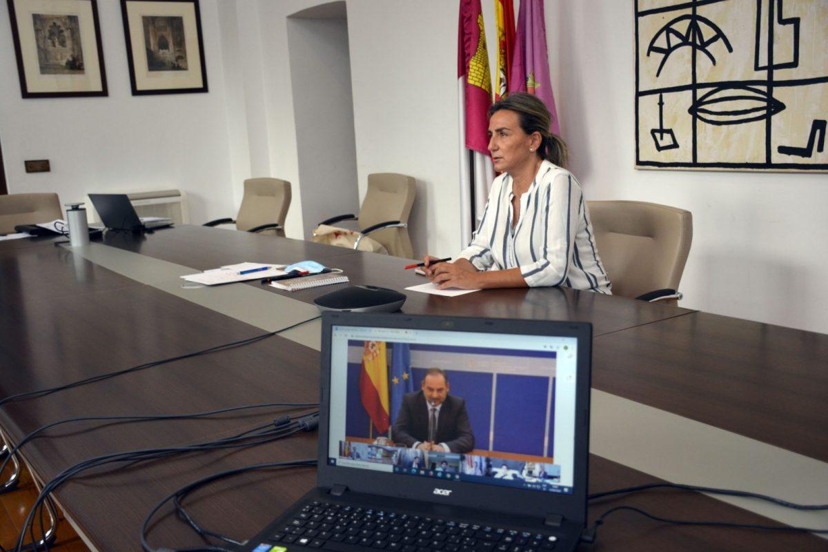 https://www.toledo.es/wp-content/uploads/2020/09/reunion_abalos01-1200x800.jpg. La alcaldesa pide al Gobierno que incorpore al decreto ley de financiación local el fondo de Transporte Urbano