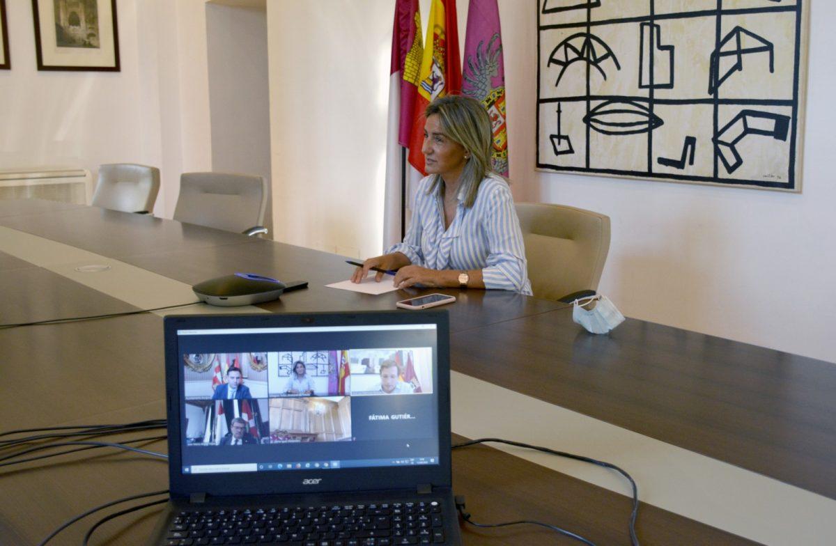 https://www.toledo.es/wp-content/uploads/2020/09/reunion_alcaldes01-1200x784.jpg. Milagros Tolón aborda con los alcaldes de Madrid, Burgos, Bilbao y Santander estrategias comunes para la recuperación