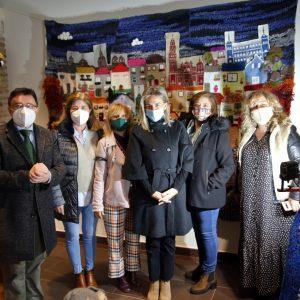 """ilagros Tolón visita las """"Escenas de Navidad"""" promovidas por el Ayuntamiento en espacios emblemáticos para evitar aglomeraciones"""