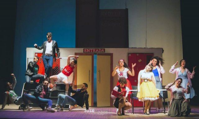 """https://www.toledo.es/wp-content/uploads/2020/12/2018_12_02_no_00-11.jpg. MUSICAL: """"We Sing Together"""", tributo a Grease"""