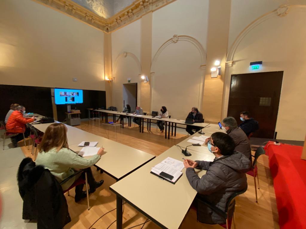 https://www.toledo.es/wp-content/uploads/2021/02/20210215_comision_urbanismo-2.jpeg. La Comisión de Urbanismo aborda el estudio del borrador del Plan Municipal de Vivienda y Rehabilitación para su consenso