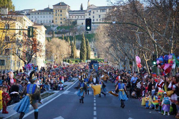 """https://www.toledo.es/wp-content/uploads/2021/02/27_carnaval-600x400-1.jpg. El Ayuntamiento suspende el Carnaval de 2021 por seguridad y con la esperanza de que el próximo año sea """"memorable"""""""