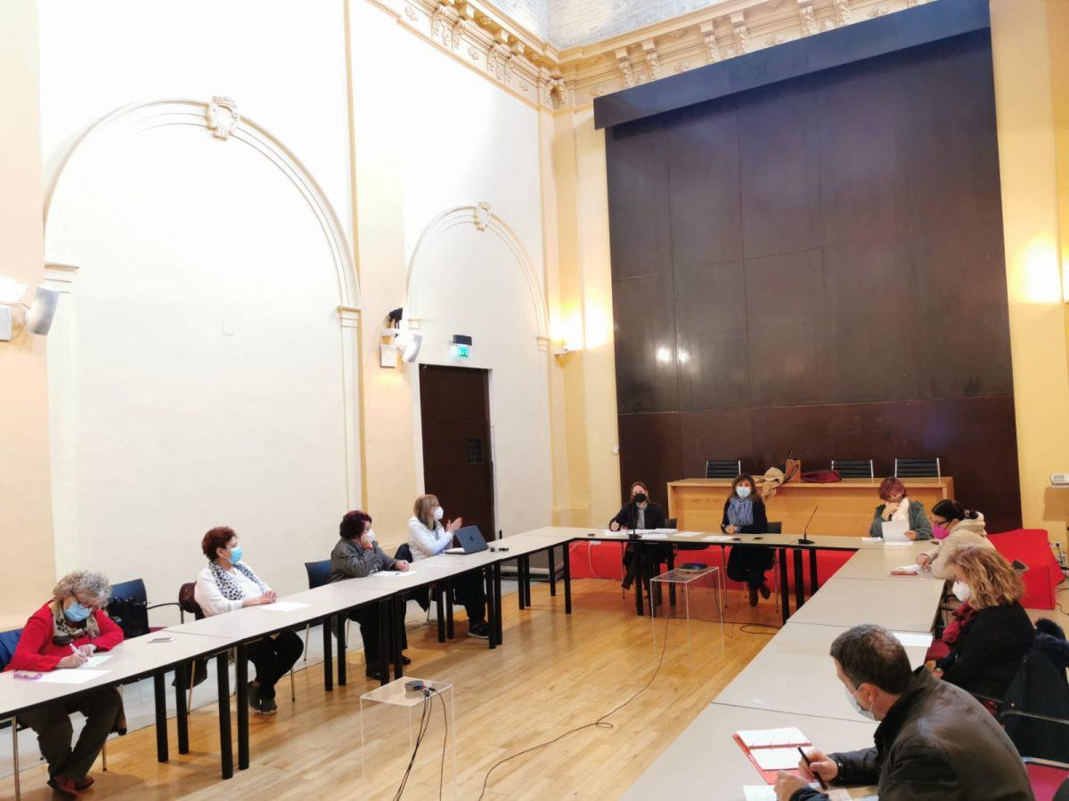 https://www.toledo.es/wp-content/uploads/2021/02/consejo-local-de-la-mujer_2-1200x900.jpeg. El Ayuntamiento avanza con el Consejo Local de la Mujer en la programación municipal del 8M, Día Internacional de la Mujer