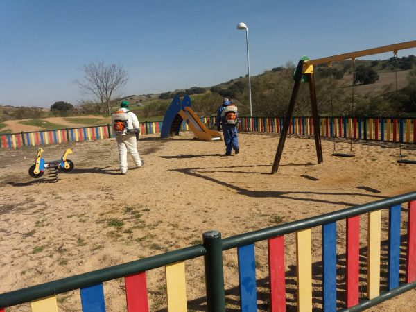 Limpieza áreas infantiles y street workout (1)
