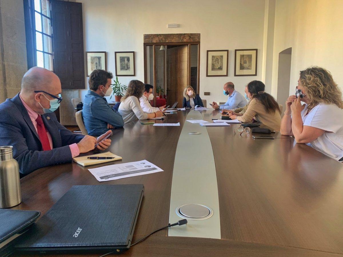 https://www.toledo.es/wp-content/uploads/2021/03/junta_gobierno_local-1-1200x900.jpg. El Ayuntamiento avanza en la administración electrónica con la implantación de un sistema de archivo y preservación digital