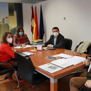 vanzan las gestiones municipales para la exposición del VIII Centenario del Nacimiento Alfonso X en el Museo de Santa Cruz