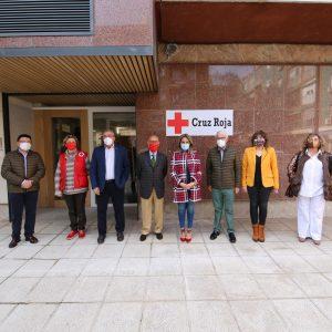 ilagros Tolón conoce la nueva sede de Cruz Roja y destaca su implicación y solidaridad con los colectivos más vulnerables
