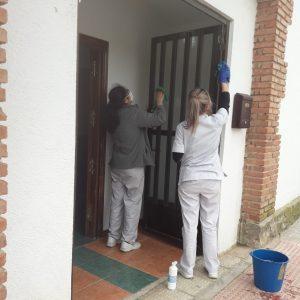 l Ayuntamiento pone a disposición de Educación las antiguas escuelas de Azucaica tras su limpieza y adecentamiento