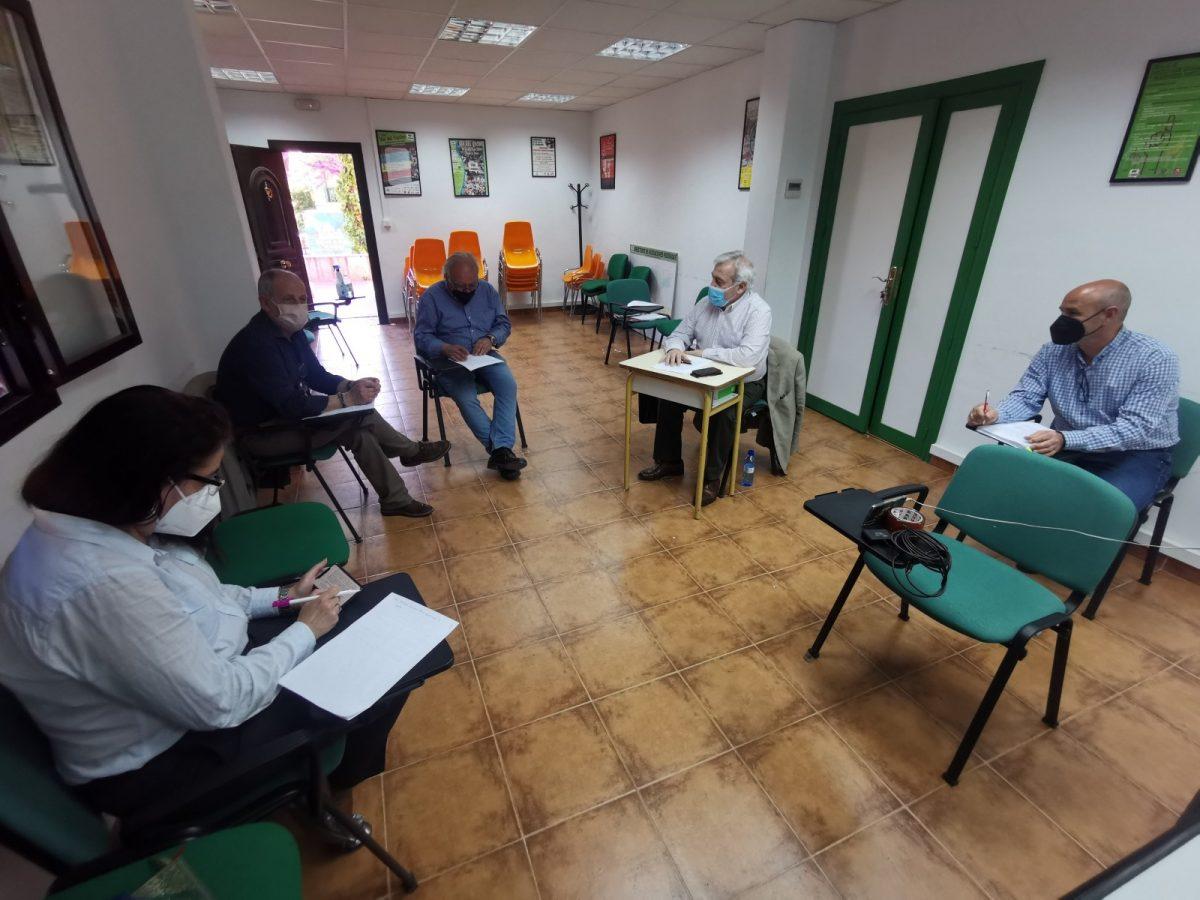 https://www.toledo.es/wp-content/uploads/2021/04/20210406_reunion-1200x900.jpg. El Ayuntamiento aborda con la Federación de Vecinos 'El Ciudadano' el calendario para la ejecución de propuestas aprobadas