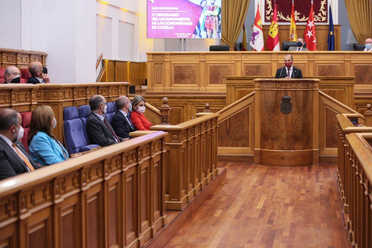 https://www.toledo.es/wp-content/uploads/2021/04/acto_comuneros_1-1200x800.jpg. La alcaldesa asiste en las Cortes al acto inaugural del V Centenario del Levantamiento de las Comunidades de Castilla