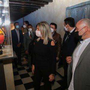 a alcaldesa muestra su apoyo al nuevo museo de música pintada 'Cromática' en el Monasterio de las Concepcionistas