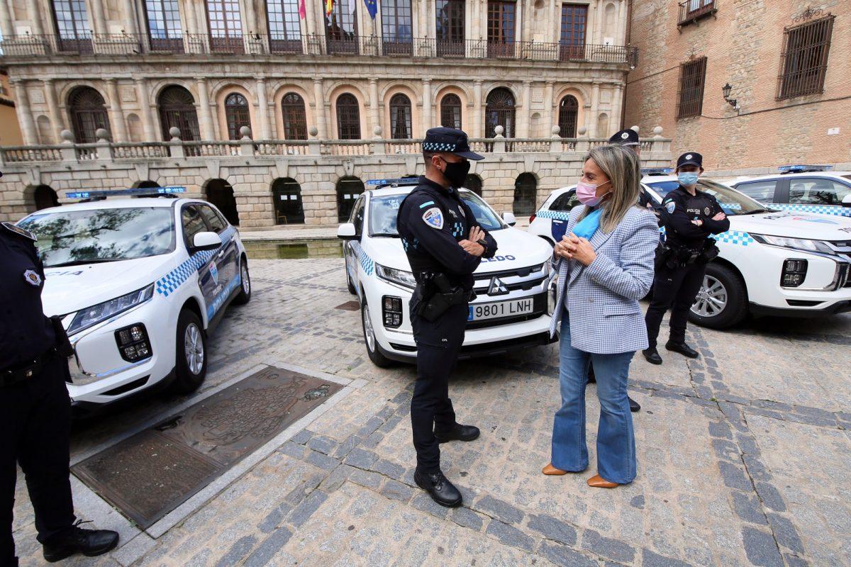 https://www.toledo.es/wp-content/uploads/2021/04/nuevos_coches_policia_7-1200x800.jpg. Milagros Tolón destaca la inversión de más de 3,5 millones de euros en la renovación material y mejoras para la Policía Local