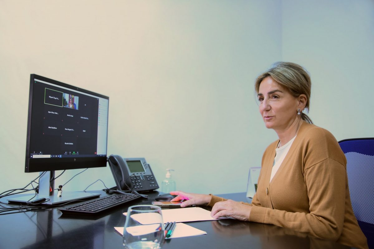 https://www.toledo.es/wp-content/uploads/2021/04/reunion_fem_1-1200x800.jpg. La alcaldesa recuerda ante el Ministerio de Industria, Comercio y Turismo que los ayuntamientos son clave en la recuperación