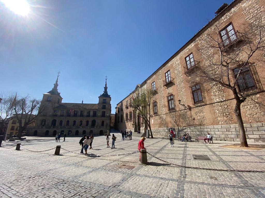 https://www.toledo.es/wp-content/uploads/2021/04/whatsapp-image-2021-04-28-at-20.16.18.jpeg. Toledo celebra este jueves el Día Internacional de la Danza con un acto simbólico en la plaza del Ayuntamiento