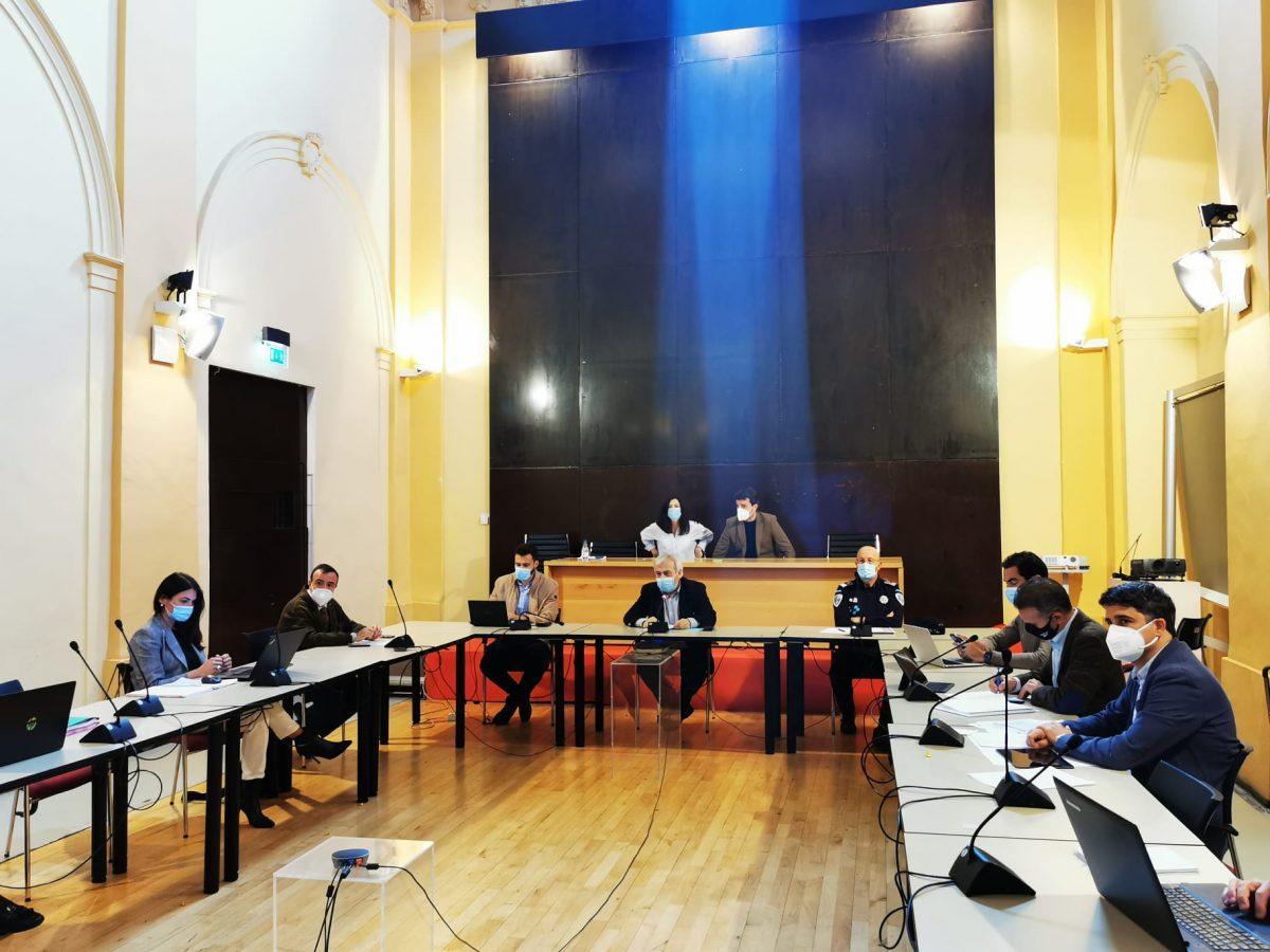 https://www.toledo.es/wp-content/uploads/2021/05/comision-movilidad-01-1200x900.jpeg. Los grupos políticos conocen el Plan de Movilidad Urbana Sostenible en su fase inicial y de participación ciudadana
