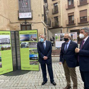 l Ayuntamiento respalda la exposición que recorre los hitos más importantes de los ingenieros de caminos en la región