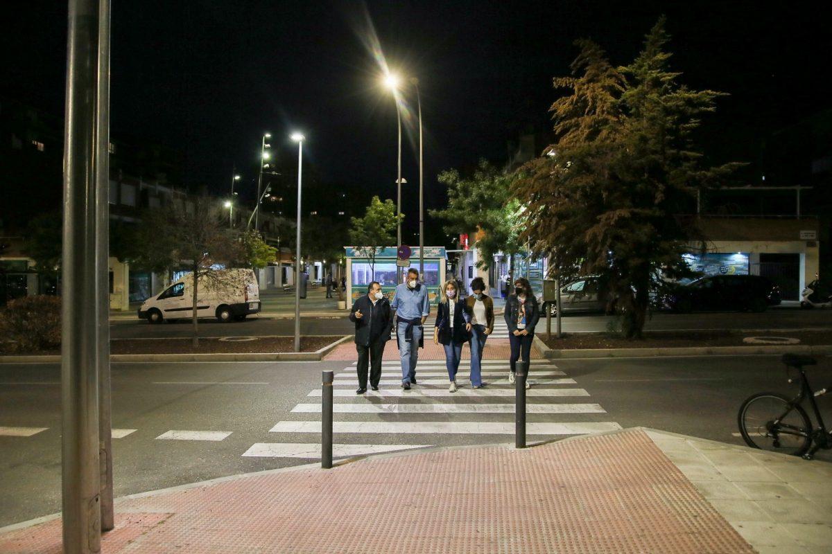 https://www.toledo.es/wp-content/uploads/2021/05/iluminacion_guadarrama_6-1200x800.jpg. La alcaldesa inaugura el nuevo alumbrado público de la avenida Guadarrama con criterios de eficiencia energética y sostenibilidad
