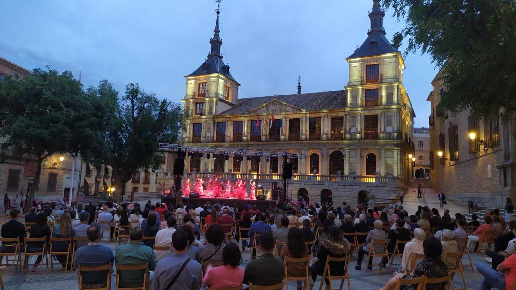 https://www.toledo.es/wp-content/uploads/2021/05/noches-toledanas_2021.jpeg. Las Noches Toledanas impulsan con éxito y responsabilidad la recuperación cultural en escenarios al aire libre y seguros