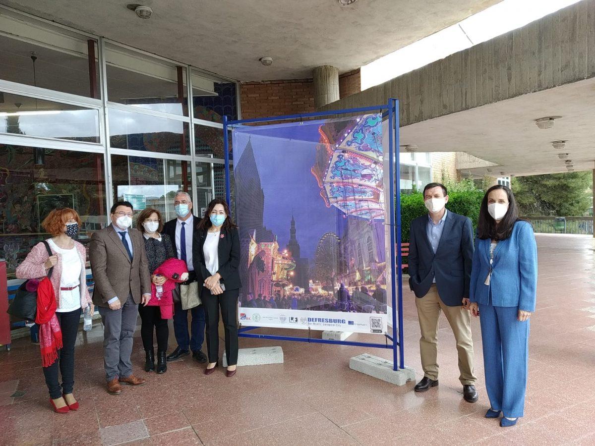 https://www.toledo.es/wp-content/uploads/2021/05/teo-garcia_acto-dia-de-europa_2-1200x900.jpeg. El Ayuntamiento participa en el acto del Día de Europa organizado en Toledo por los institutos Universidad Laboral y María Pacheco