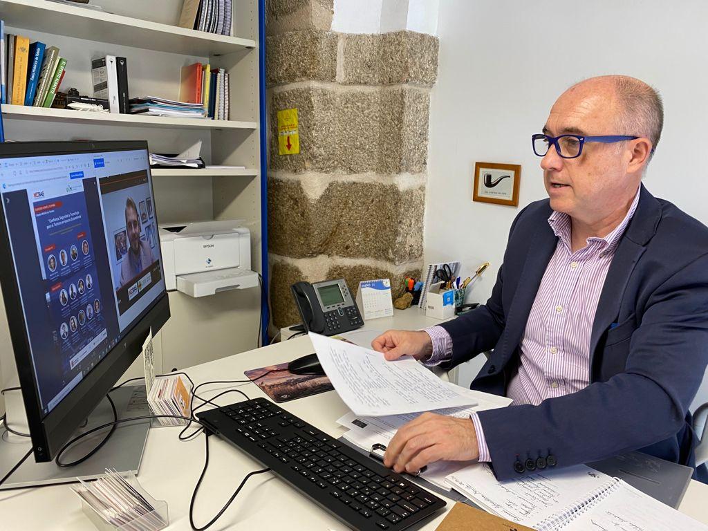 https://www.toledo.es/wp-content/uploads/2021/06/20210602_turismo_jornada.jpeg. El Gobierno local participa en una jornada sobre la confianza, seguridad y tecnología para el turismo en época de pandemia