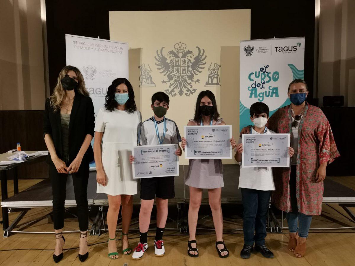 https://www.toledo.es/wp-content/uploads/2021/06/20210609_entrega_premios-1200x900.jpeg. El Ayuntamiento y Tagus entregan los premios del IV Concurso Escolar de Dibujo y Pintura con el lema 'El WC no es un basurero'