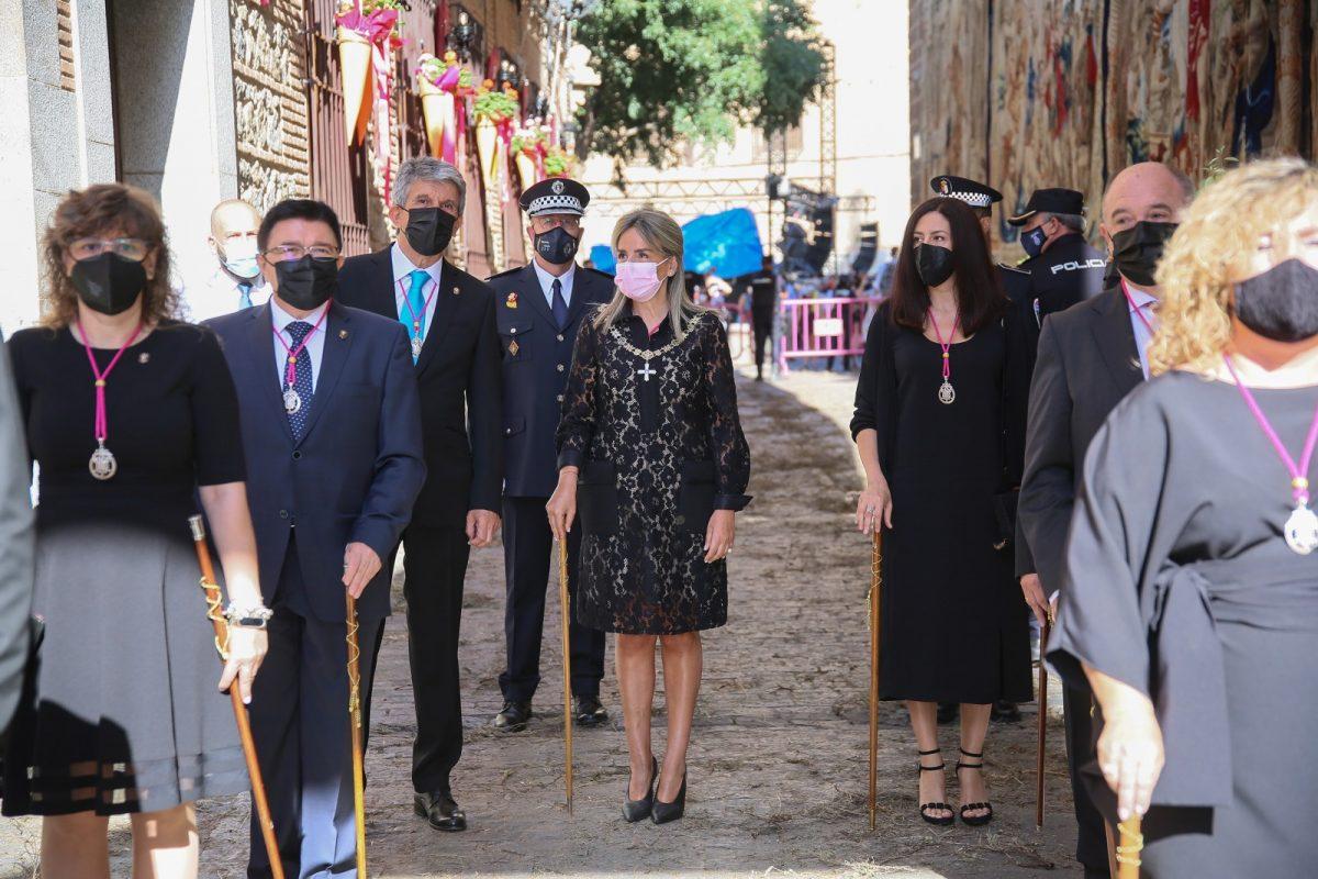 https://www.toledo.es/wp-content/uploads/2021/06/corpus_christi_4-1200x800.jpg. La alcaldesa participa en la celebración de un Corpus Christi que retoma la procesión eucarística adaptada a la situación sanitaria
