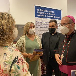 l Consistorio toledano respalda la exposición de Manos Unidas y destaca su contribución solidaria en el mundo