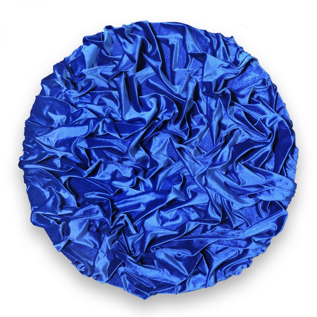 "https://www.toledo.es/wp-content/uploads/2021/06/serie-2-_el-telon_-azul-terciopelo-70x70cm-1200x1200.jpg. Exposición: David Vimar  ""Entre silencios"""