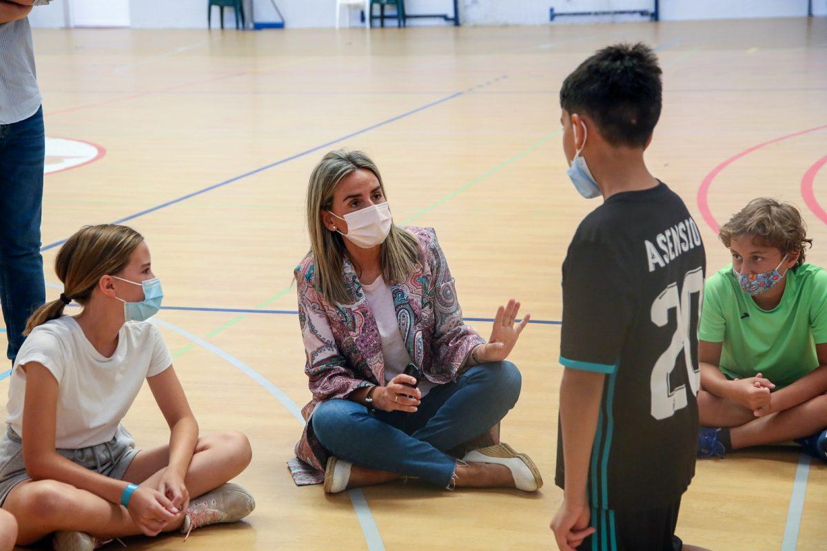https://www.toledo.es/wp-content/uploads/2021/07/campamento_verano_2-1200x800.jpg. Mil niños y niñas se han inscrito al Campamento Deportivo del Ayuntamiento que se reeditará el próximo año